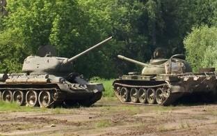 Поездки на танках и бронемашинах