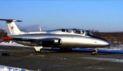 Полет на реактивном учебно-тренировочном самолёте Л-29 «Дельфин»