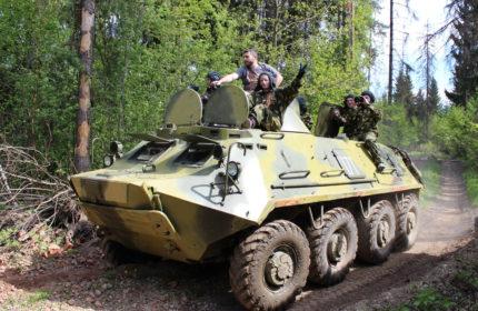 Заезды на БТР-80  и стрельба из Автомата Калашникова